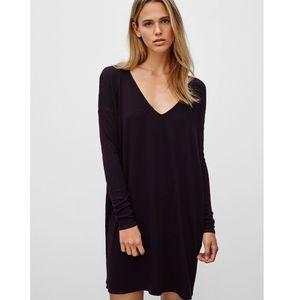 Aritzia Wilfred Free Gail Long Sleeve V-Neck Dress